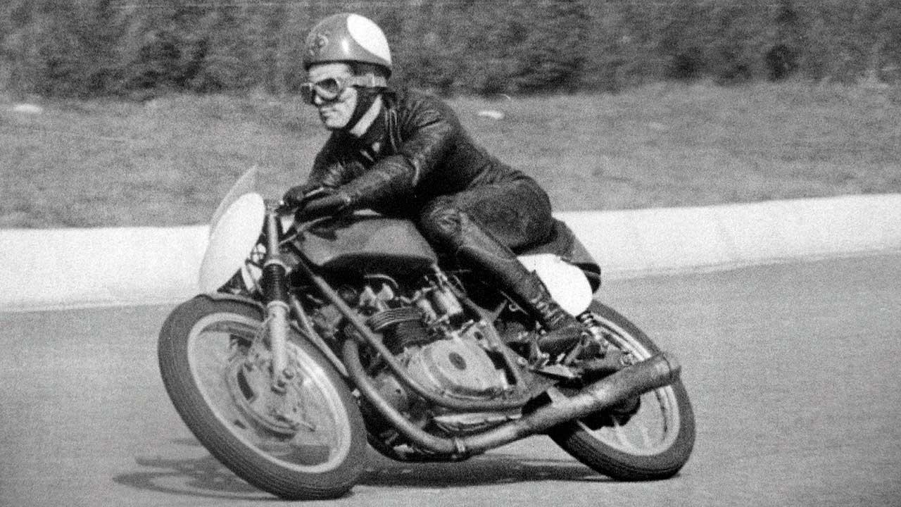 Paton_Storia-Anni50_1958-Circuito-di-Monza-Gianfranco-Muscio-Paton-125