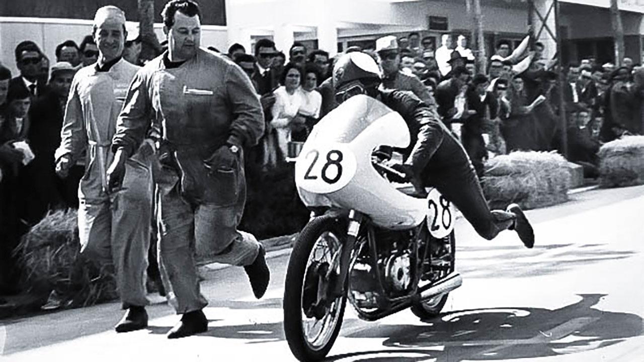 Paton_Storia-Anni50_26-4-1959-Circuito-di-Cesenatico-Gianfranco-Muscio-Paton-125-Bialbero
